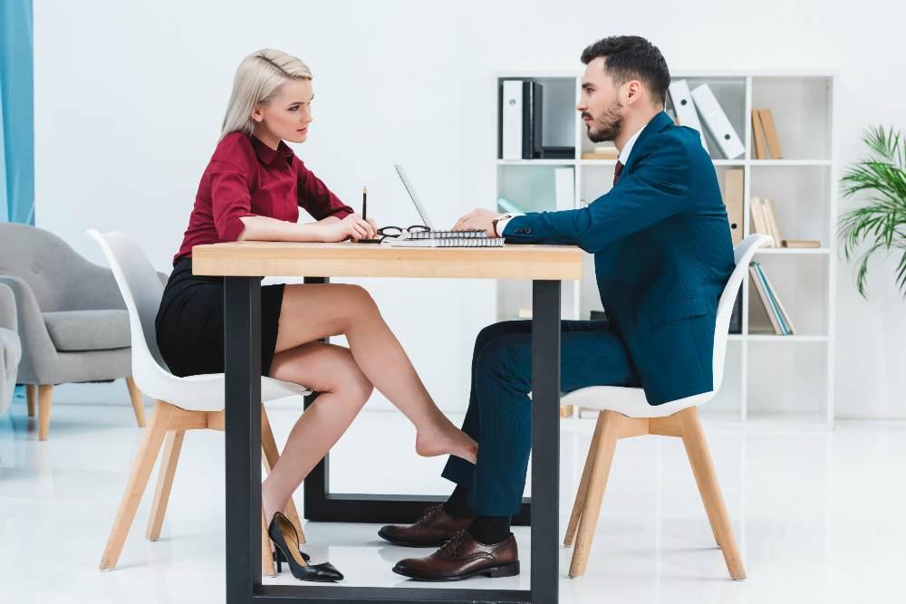 офисное свидание